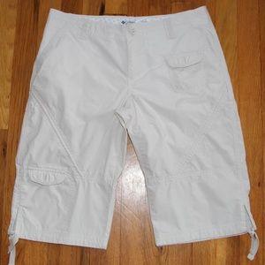 Columbia Long Khaki Shorts Women's 8